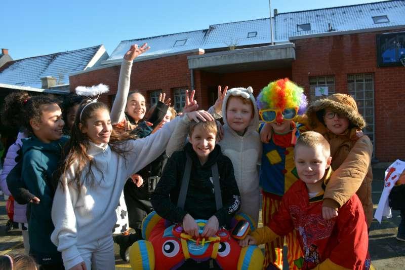 carnaval-met-de-duizendpootjes-111