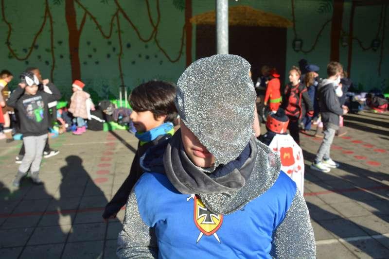 carnaval-met-de-duizendpootjes-118
