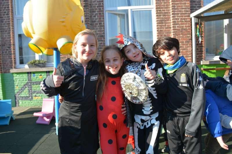 carnaval-met-de-duizendpootjes-119