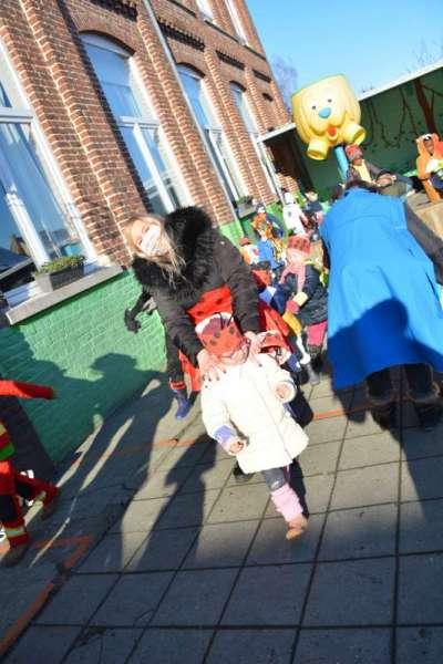 carnaval-met-de-duizendpootjes-141
