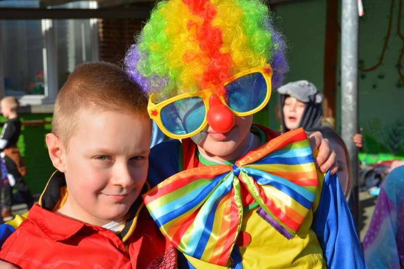 carnaval-met-de-duizendpootjes-90